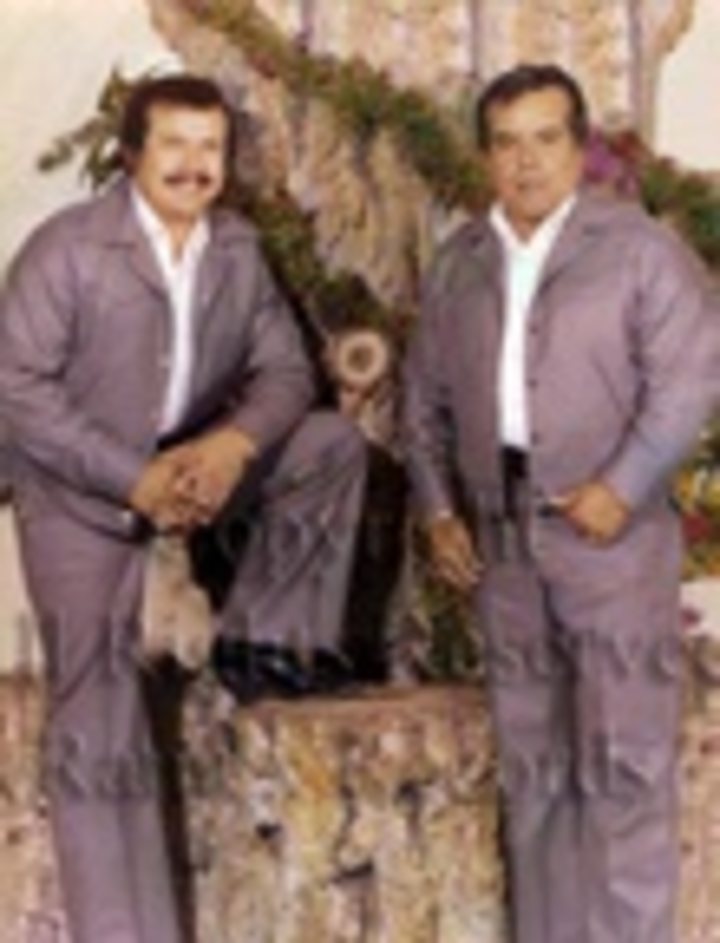 Los Cadetes de Linares Tour Dates