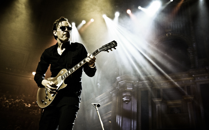 Joe Bonamassa @ Barclaycard Arena - Hamburg, Germany