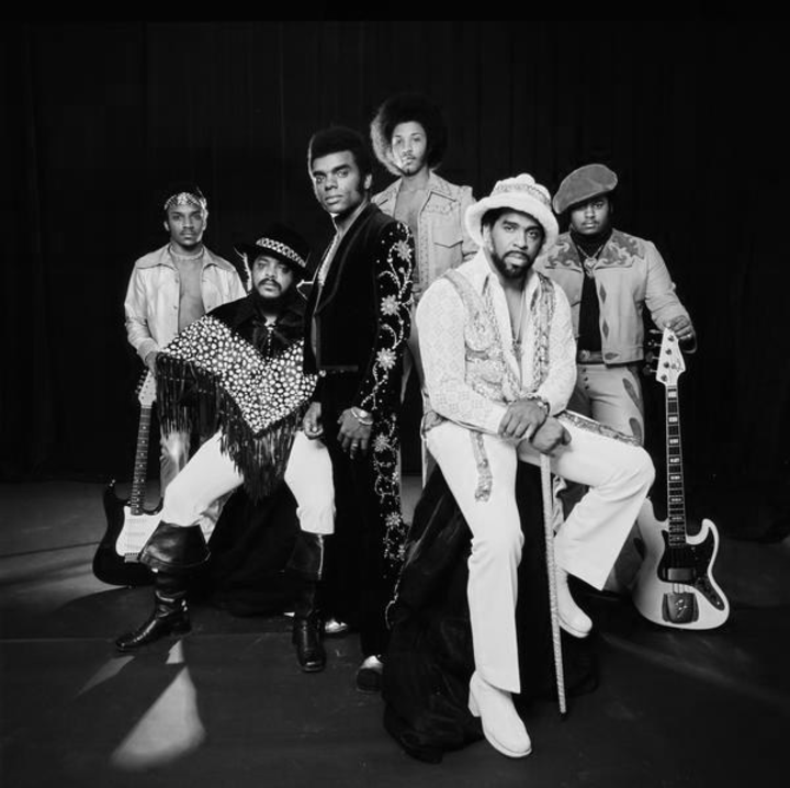 The Isley Brothers @ USF Sun Dome - Tampa, FL