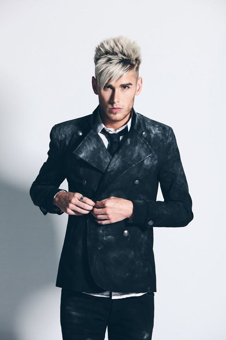 Colton Dixon @ DTE Energy Music Theatre - Clarkston, MI