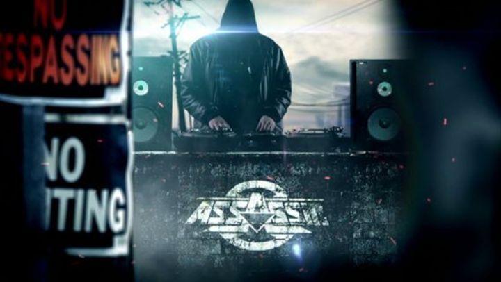 DJ Duke @ Le Plan - Ris Orangis, France