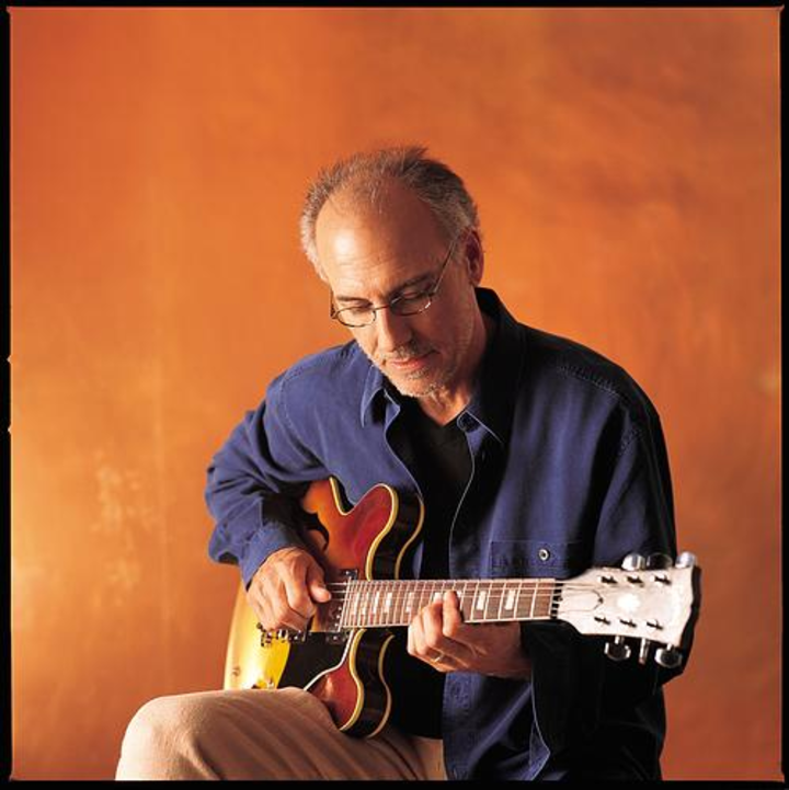 Larry Carlton @ Kuumbwa Jazz Center - Santa Cruz, CA