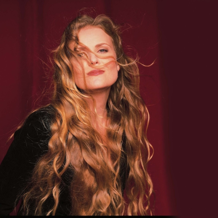 Tierney Sutton @ The John G. Shedd Institute for the Arts - Eugene, OR