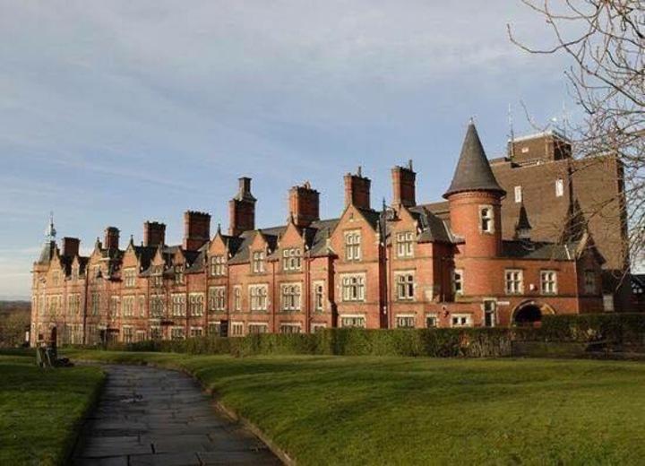 Bon Giovi @ The Old Courts  - Wigan, United Kingdom