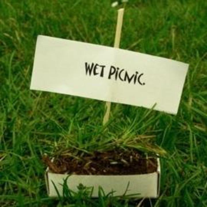 Wet Picnic @ The Aperitif - Darlington, United Kingdom