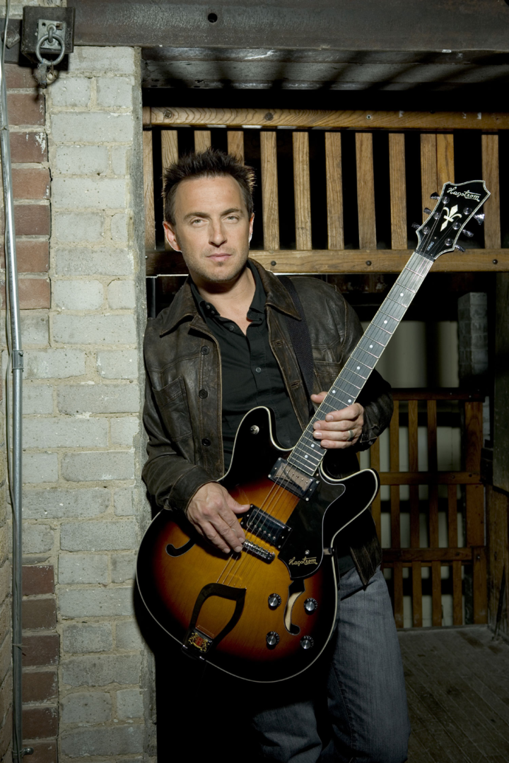 Colin James @ Burton Cummings Theatre - Winnipeg, Canada