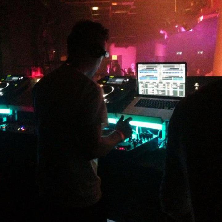 Dynamicro Minimal Techno DJ Tour Dates