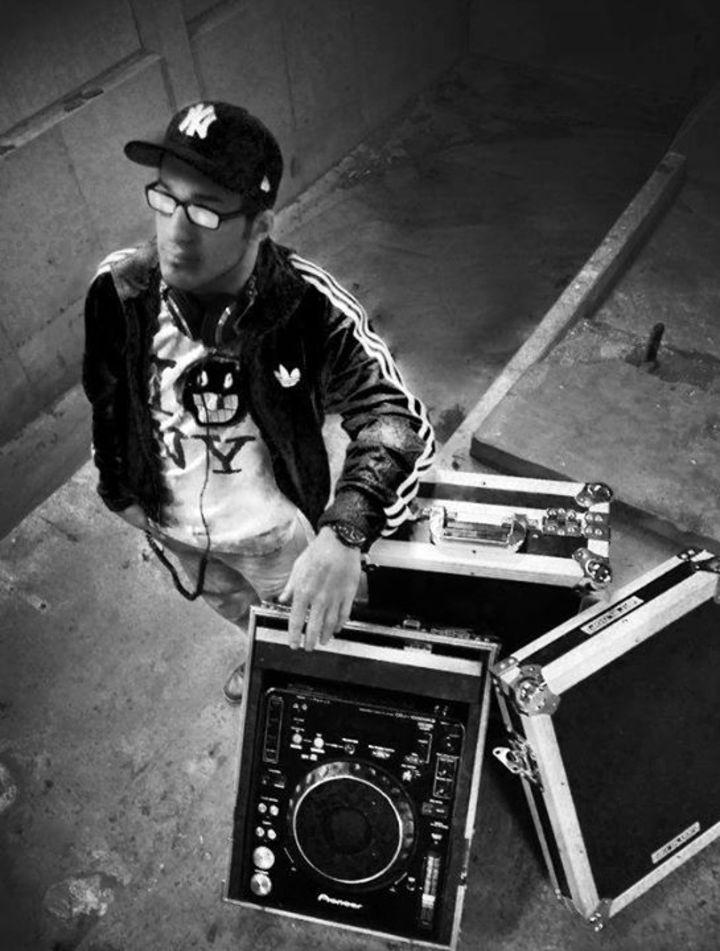 Alex Meixner DJ Page Tour Dates