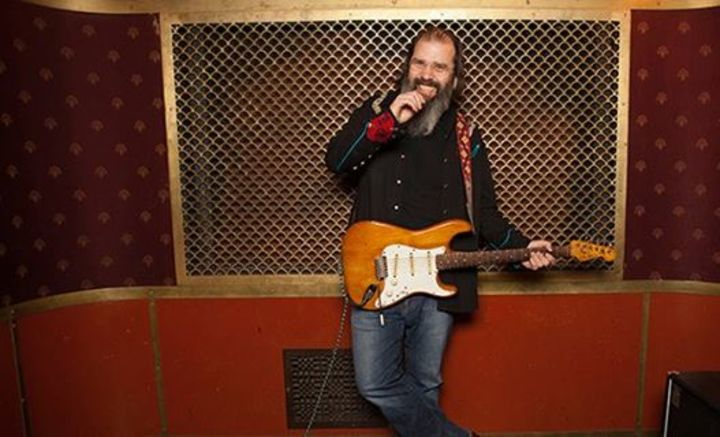 Steve Earle @ Tanks Art Centre - Cairns North, Australia
