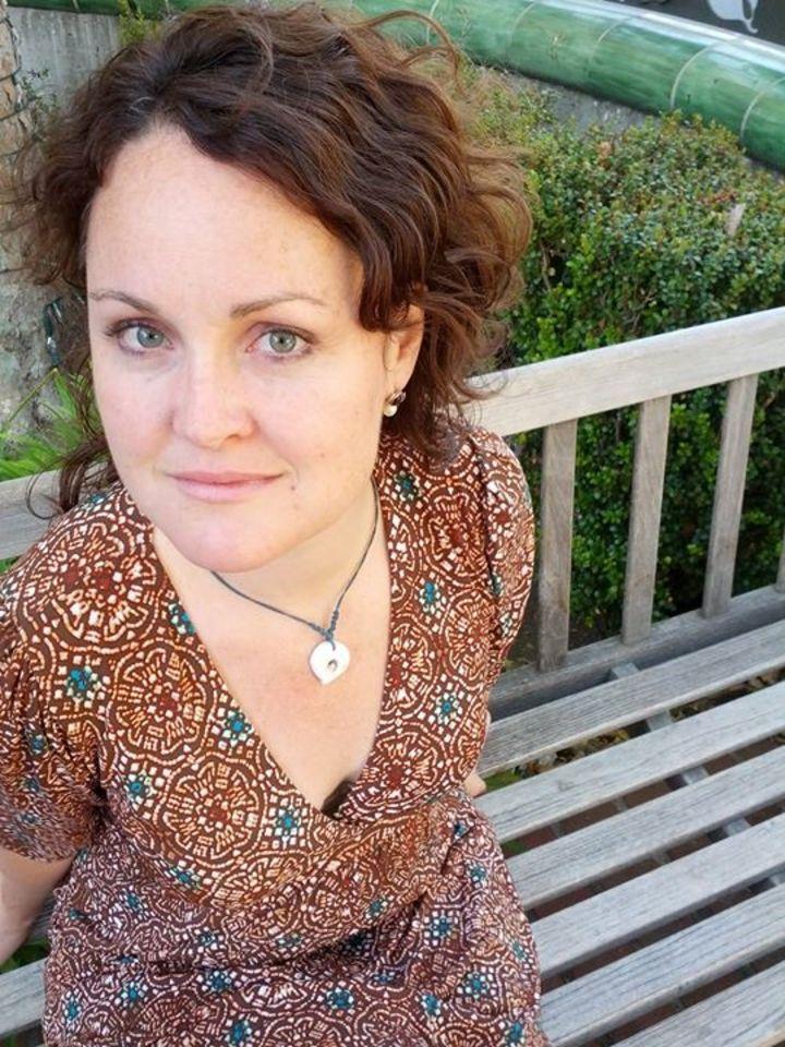 Anne Heaton, Singer-Songwriter @ High Dive - Seattle, WA