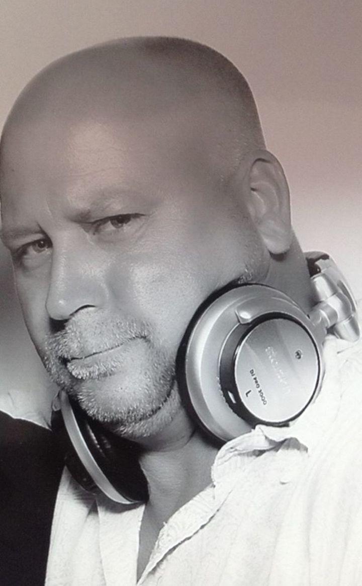 DJ Oz Tour Dates