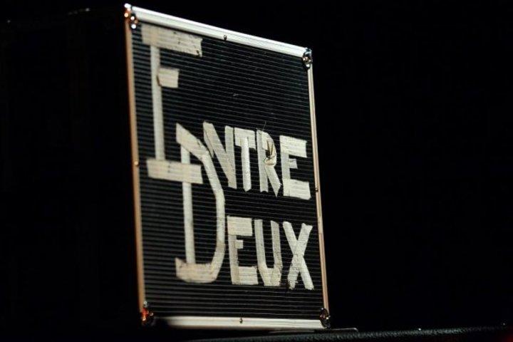 Entre-Deux @ CAFE-THEATRE LE LIEU - Paris, France