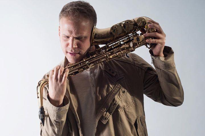 מורה לסקסופון בירושלים אלעד גלרט   Saxophone Teacher in Jerusalem Tour Dates