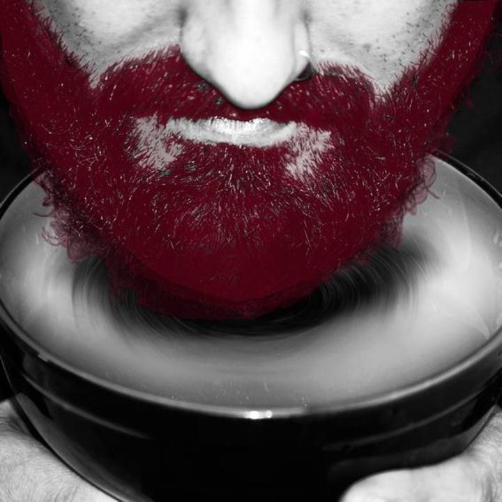 Barbas de Molho Tour Dates