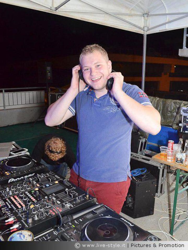 DJ Tmoor Tour Dates