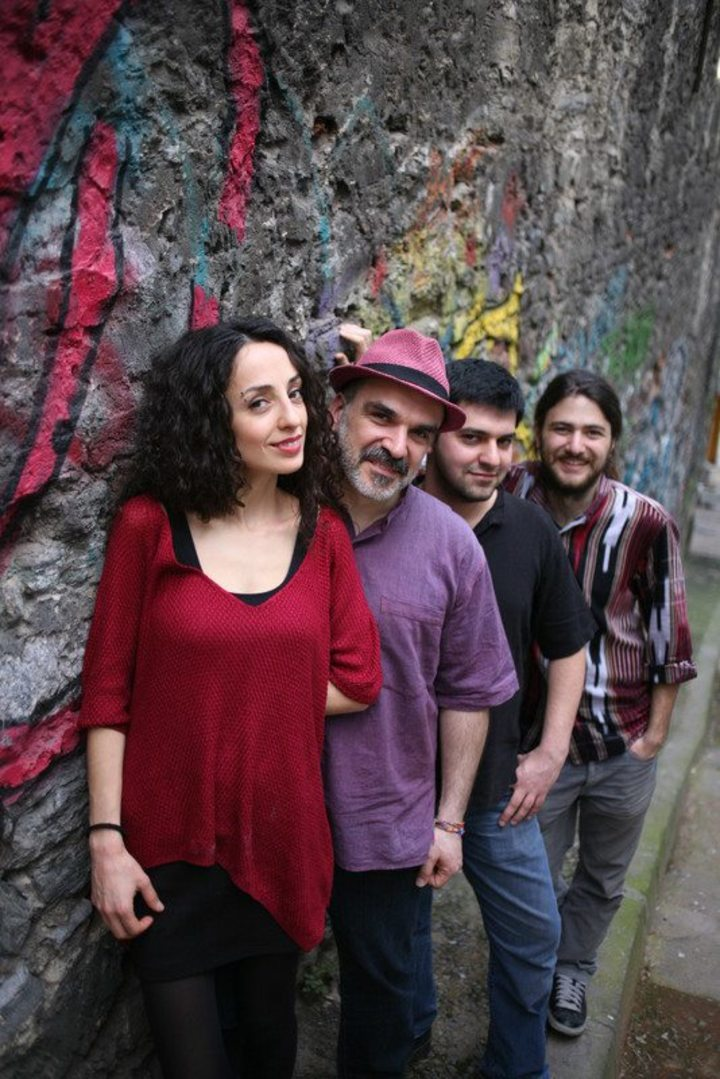 Merenda Social Band & Zekiye Tour Dates