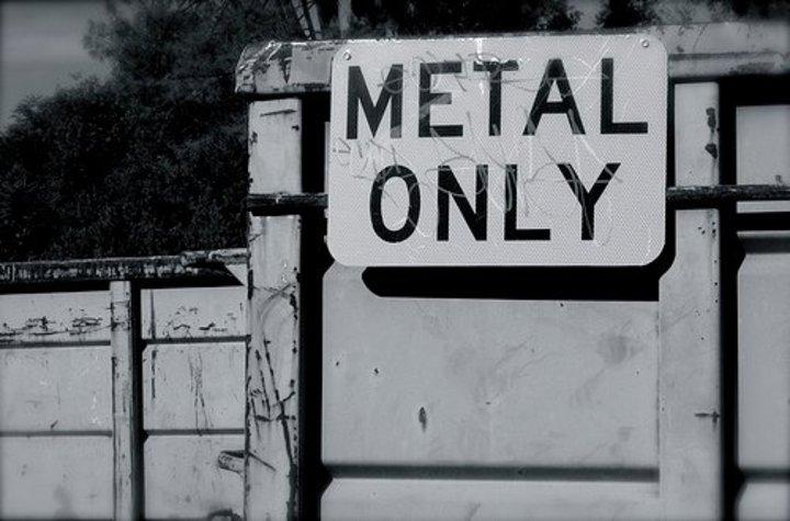 Voglio trovare almeno 20.000 persone che AMANO il METAL Tour Dates