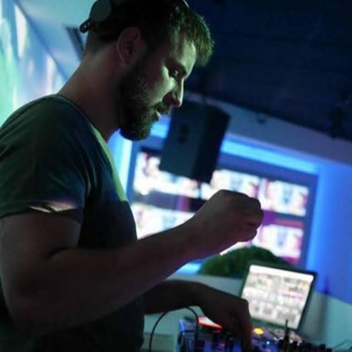 DJ Davis Tour Dates