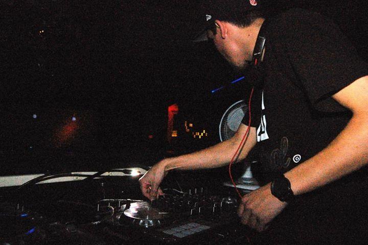 DJ krizmak Tour Dates