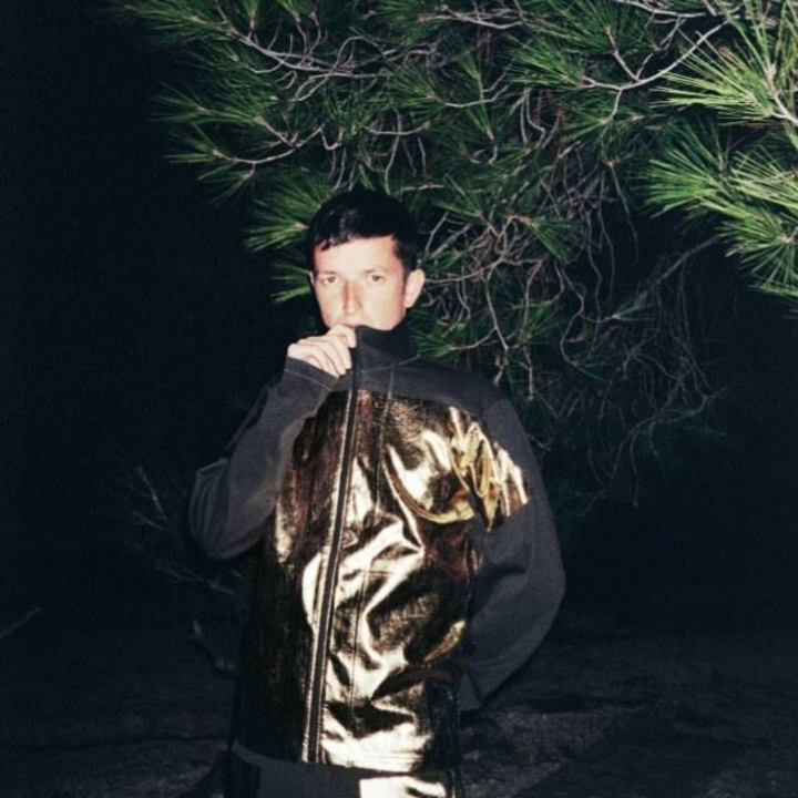 Totally Enormous Extinct Dinosaurs Tour Dates