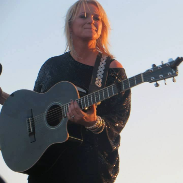 Carolyn Dawn Johnson Tour Dates