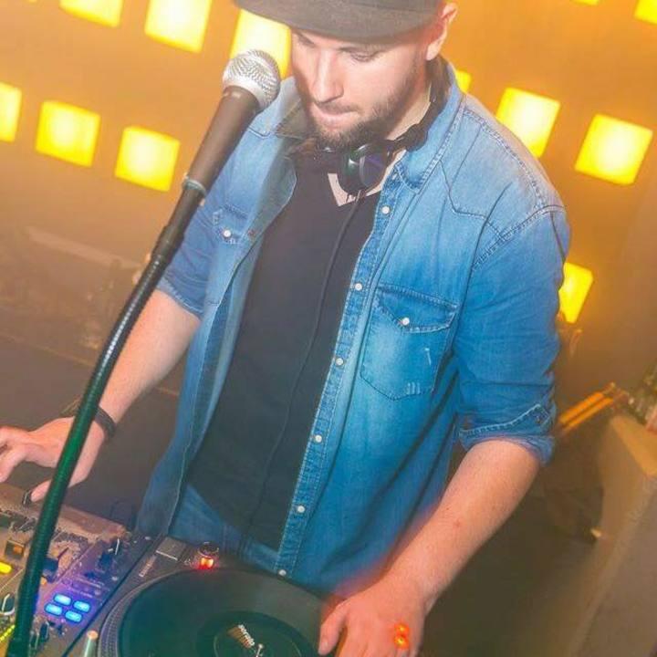 DJ MO-RILLA Tour Dates