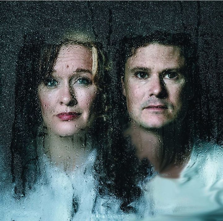 Kathryn Roberts & Sean Lakeman @ Morden Village Hall - Purbeck, United Kingdom