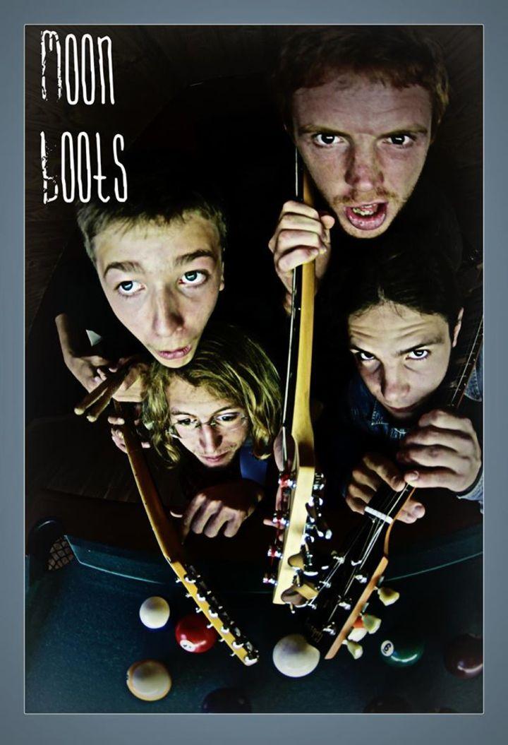 MooN-BootS Tour Dates