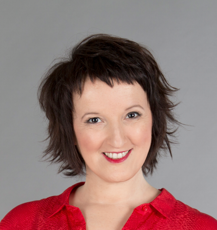 ANNE ROUMANOFF @ 44 rue Angelarde - Chatellerault, France