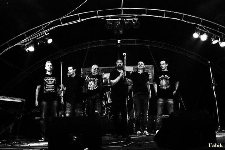 Ria- Ria Baráti Kör Tour Dates