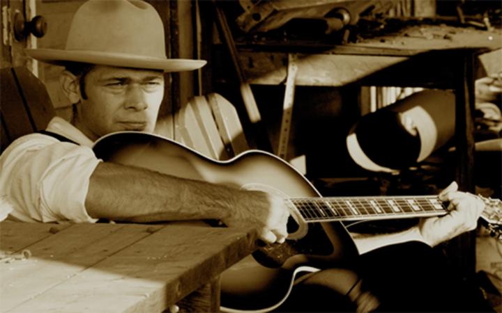 Lucky Tubb & The Modern Day Troubadors Tour Dates
