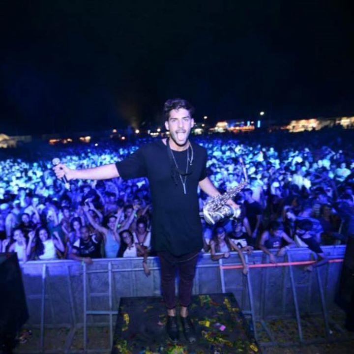 Dani Vikario Official - Saxo live Tour Dates