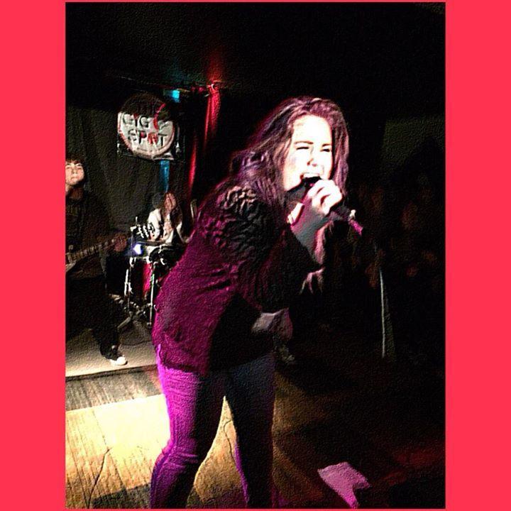 Vivian G Tour Dates
