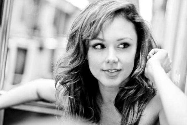 Meg Chambers Steedle Tour Dates, Concert Tickets, & Live Streams