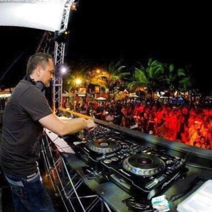 DJ Emanuel Skinner Tour Dates