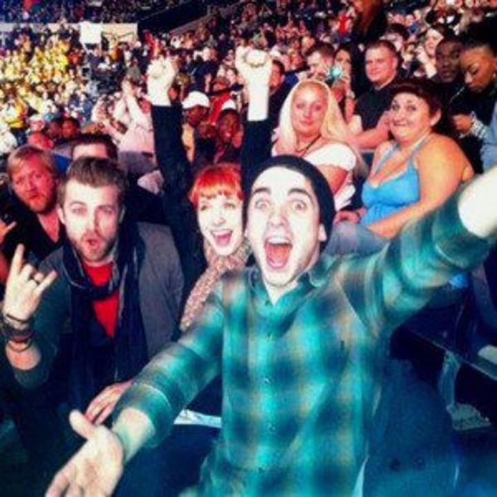 paramore fans Tour Dates