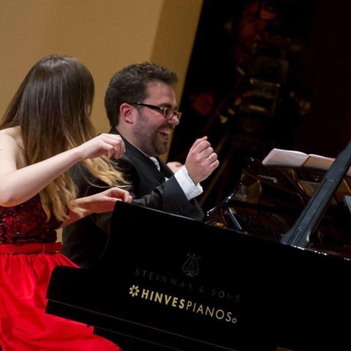 Iberian & Klavier piano dúo Tour Dates
