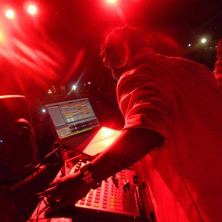DJ Arnold Tour Dates