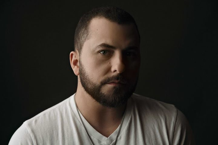Tyler Farr @ Verizon Wireless Arena - Manchester, NH
