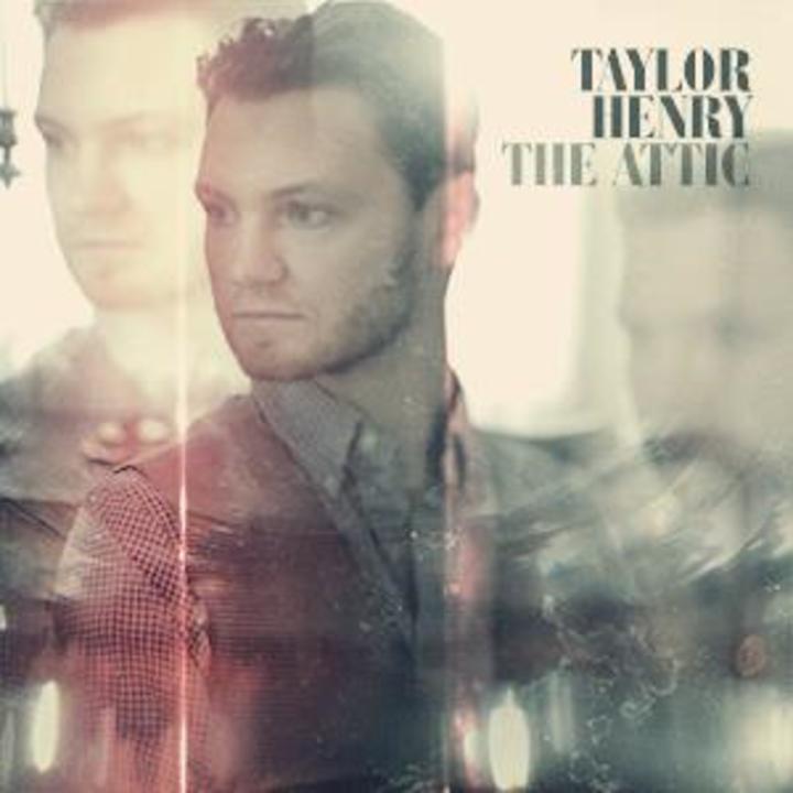 Taylor Henry @ Rookwood Pub - Cincinnati, OH