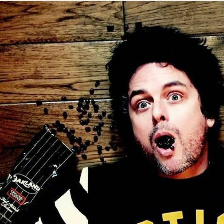 Billie Joe Armstrong Argentina GREEN DAY Tour Dates