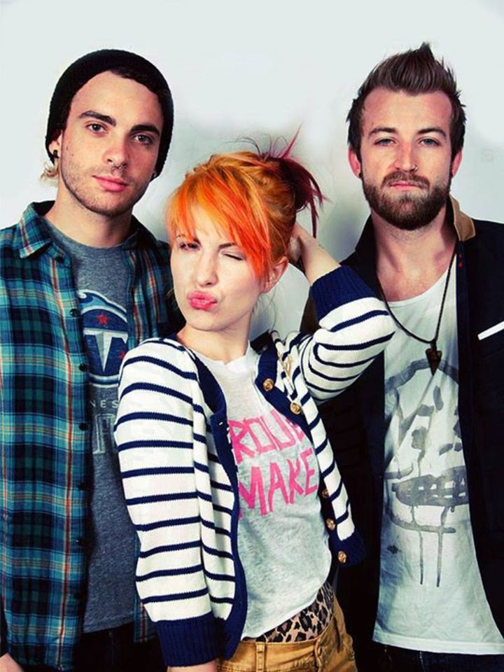 love paramore Tour Dates