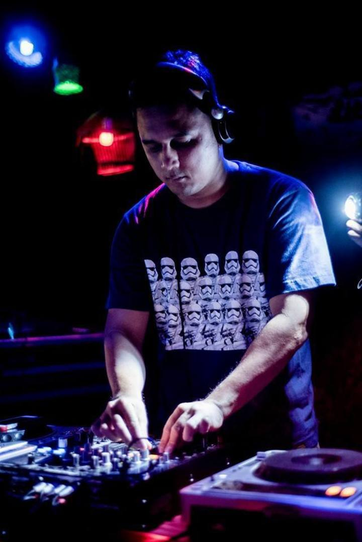 Shahril Adnan - DJ Page Tour Dates