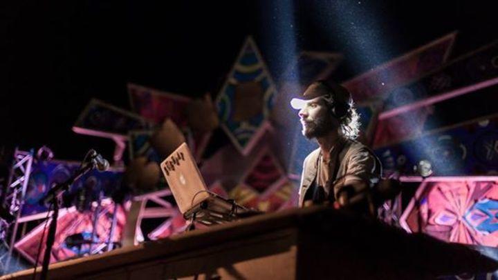 DJ BUSH BEATS Tour Dates