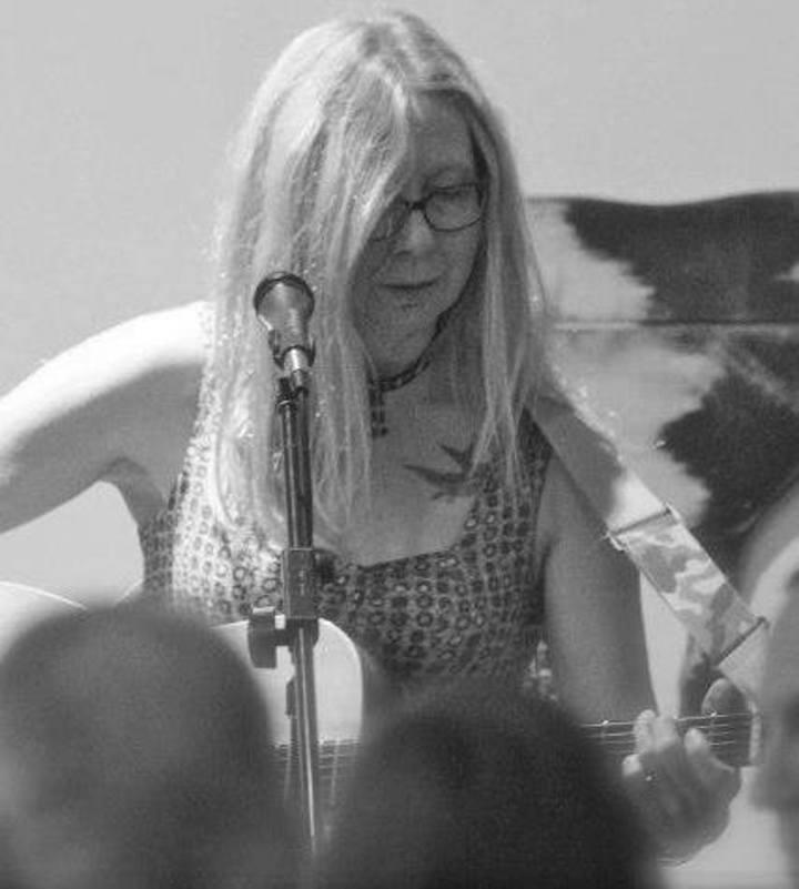 Linda Lavender Tour Dates