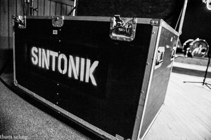 Sintonik Tour Dates