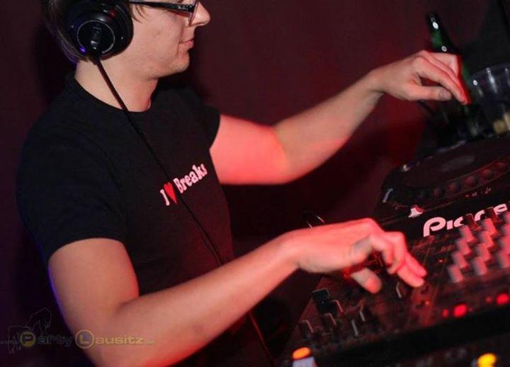 DJ Dr. Zoidberg Tour Dates