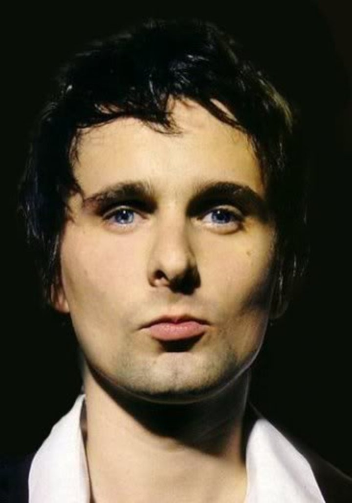 Dumping your boyfriend because he's not matt bellamy Tour Dates