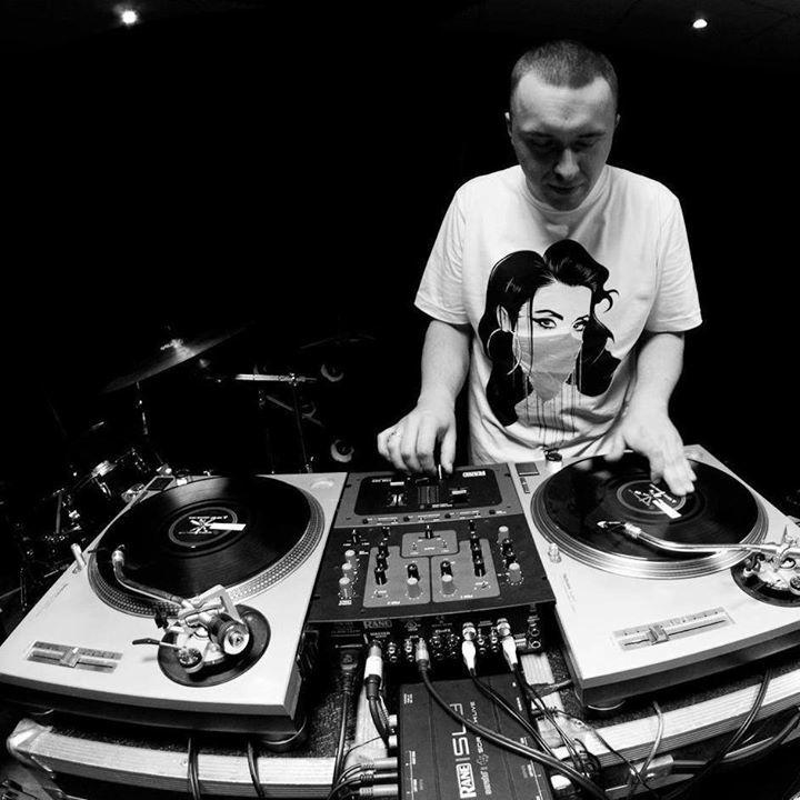DJ Ike Tour Dates