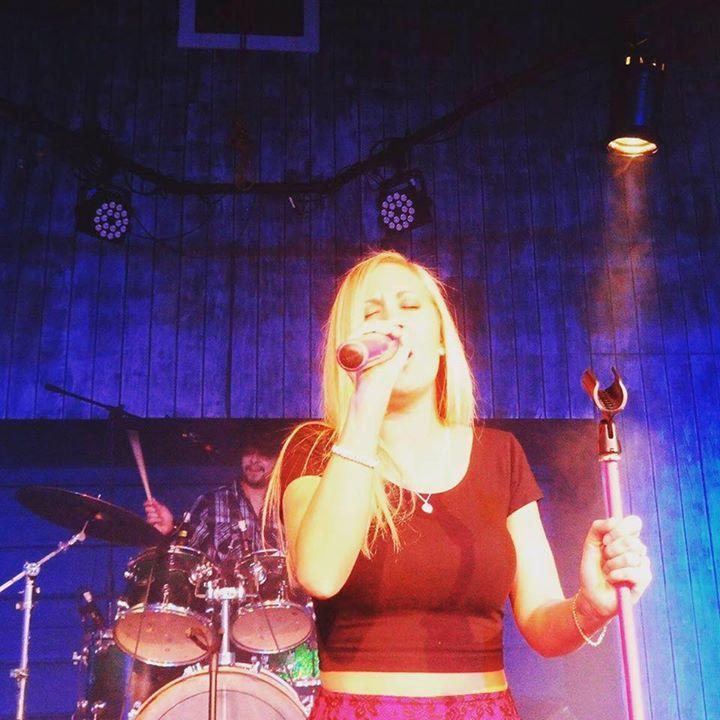 Erika Scherry and the Swift Kick Band Tour Dates